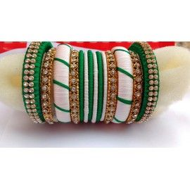 Bangle set made of silk thread