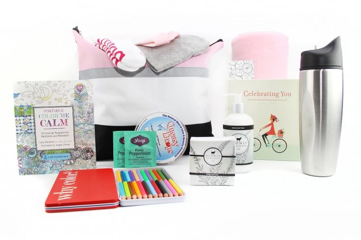 Chemotherapy care package for her –includes skin care products, books and more.