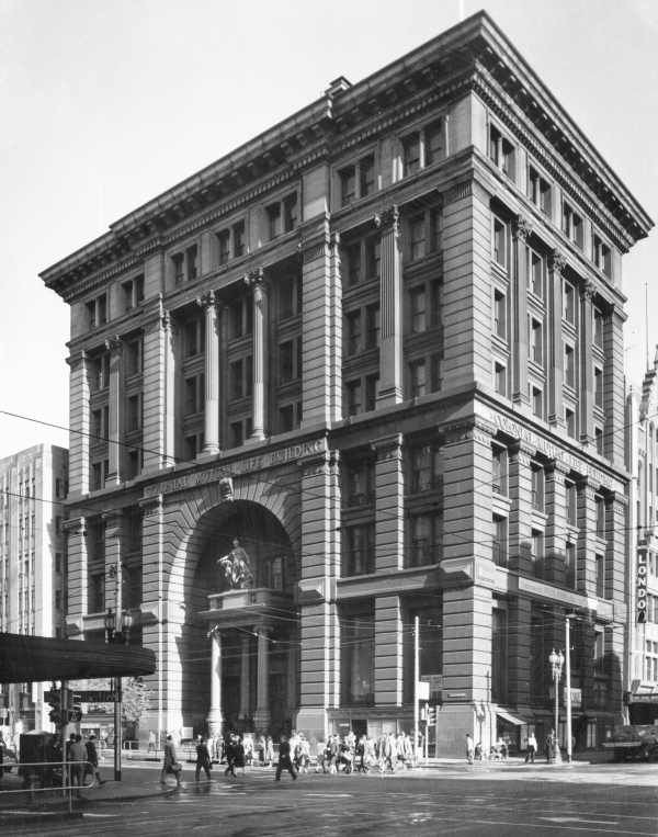 Colonial Mutual Life Building, 316 Collins Street, MELBOURNE. Demolished 1960.