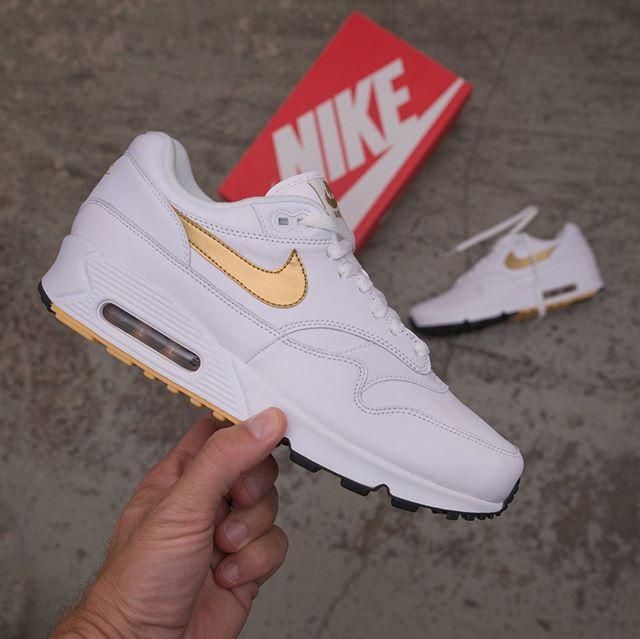 outlet store 3afa3 e9d8c Nike Air Max 90 1 - AJ7695-102 •• Idag kl 9.00 så