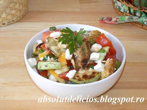 Salata cu dovlecei si branza, salata cu dovlecei prajiti