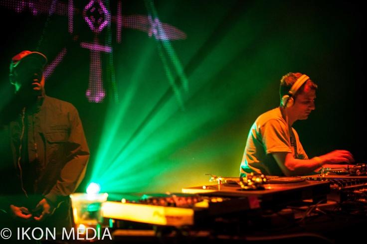 Doc Scott & DJ Hazzard @T.Hub Reid Indigo02