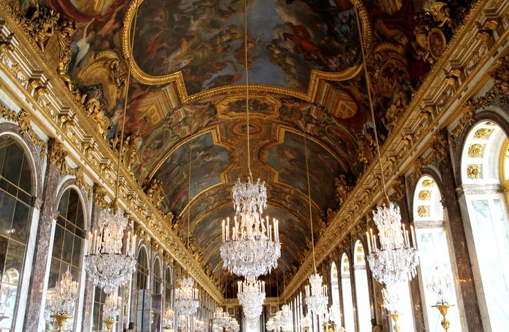 La galerie des Glaces et l'Amérique. Versailles.
