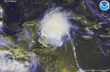 Highest winds 1-minute sustained: 160 mph (260 km/h)