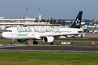 EVA Airways (TW) Airbus A321-211(WL) B-16206 aircraft, painted in ''Star Alliance'' special colours, skating at Taiwan Taipei Taoyuan International Airport. 16/06/2016.
