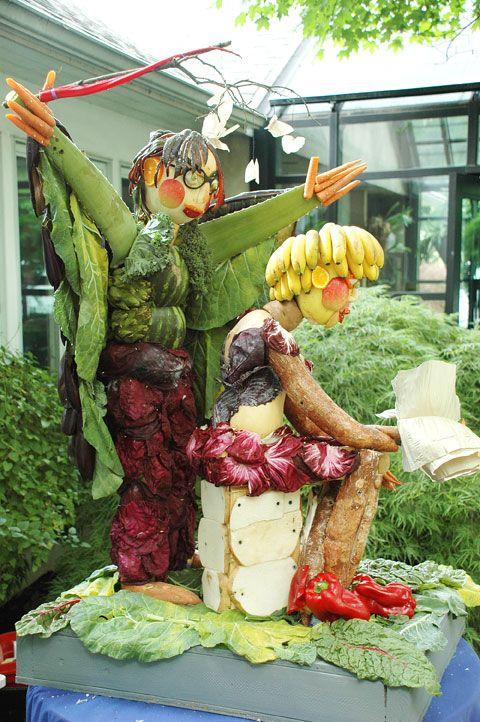 Lyndsley E. Wilkerson Life Celebration, June 2012   Fruit and vegetable sculpture   Jim Victor and Marie Pelton