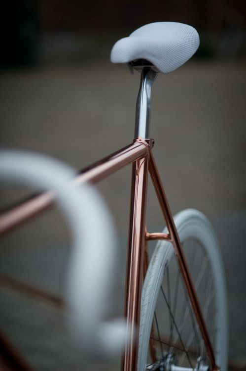 rosegold / white bike