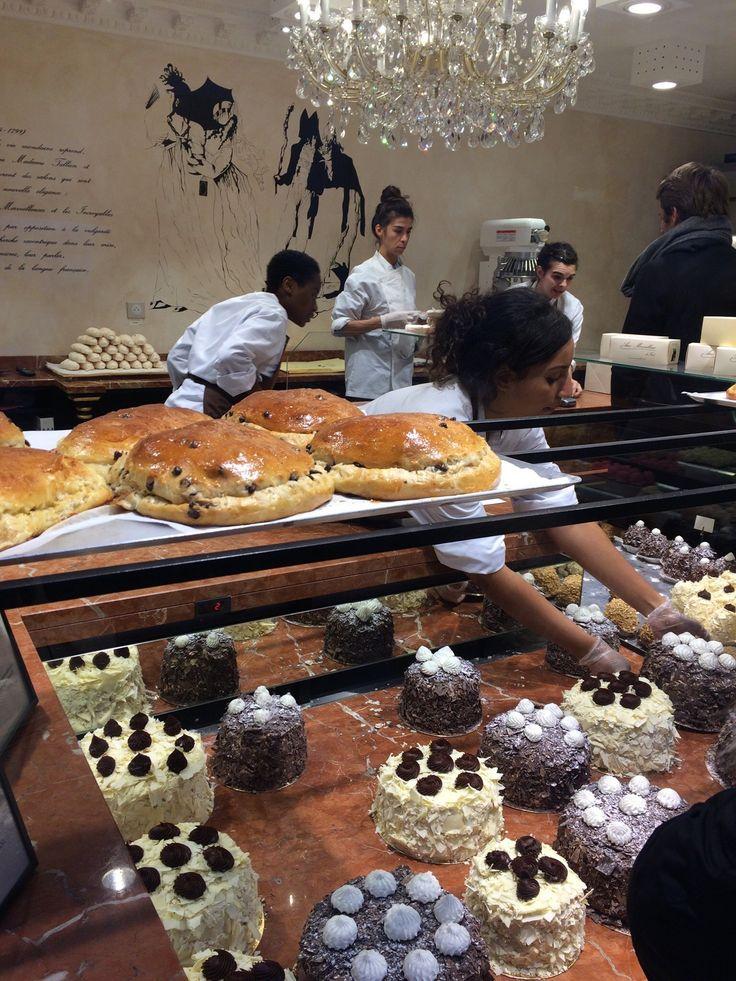 Aux Merveilleux de Fred, Paris : consultez 238 avis sur Aux Merveilleux de Fred, noté 4,5 sur 5 sur TripAdvisor et classé #138 sur 16405 restaurants à Paris.