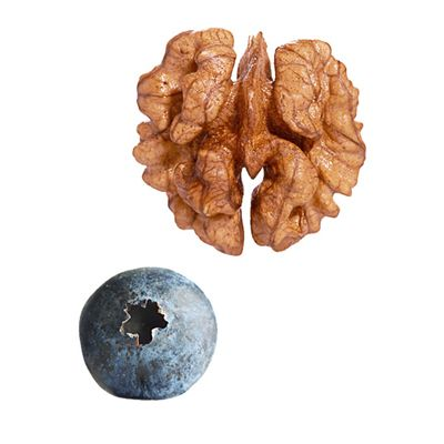 "Food Combining - a listing of food pairings with ""digestive chemistry"" for added health benefits--blueberries + walnuts, onion + garlic, oats + citrus, tomatoes + olives, & tumeric + black pepper--read on to see why"