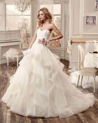 Affordable Italian Couture at Evas Bridal International (708)460-2200.
