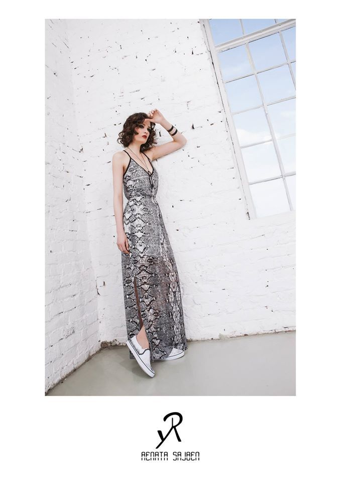 2015 Spring/Summer collection  black and white snake pattern dress