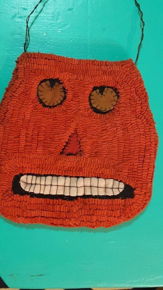 Jack O Lantern Pocket Hooked R ug