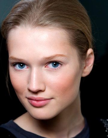 What to eat for perfect skin: vitamins, fatty acids, yogurt. Control caffeine, avoid alcohol, sugar and red meats