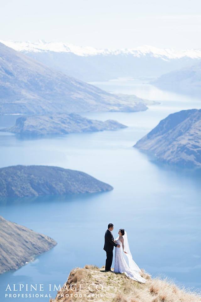 Mt Roy, Wanaka Wedding - Photography by Alpine Image Co.
