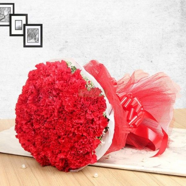 Red Carnations Bunch In 2020 Red Carnation Carnations Flowers Bouquet