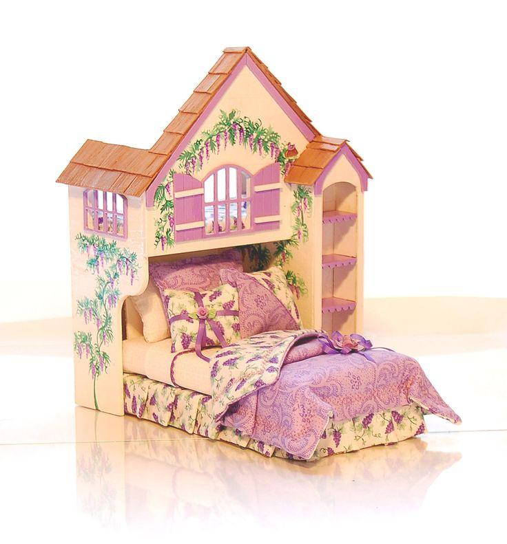 Wisteria Lane Purple PLAYHOUSE BED Dollhouse por MiniatureLane