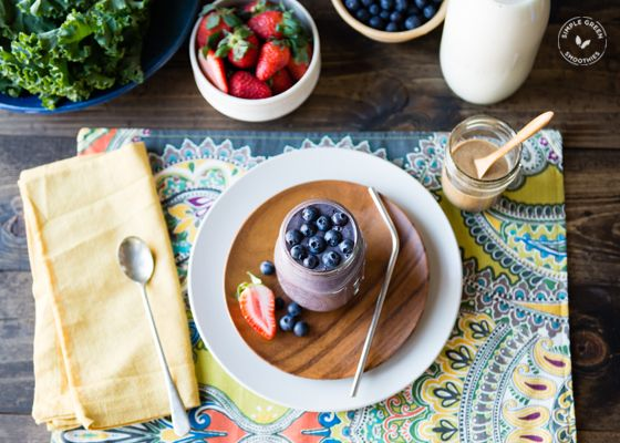Healthy fats and proteins are the way to go if you want to power up with meal replacement green smoothie. This recipe will keep you full and fueled.