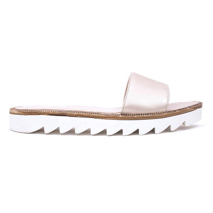 white sole pearl beige summer 2015 PASO a PASO