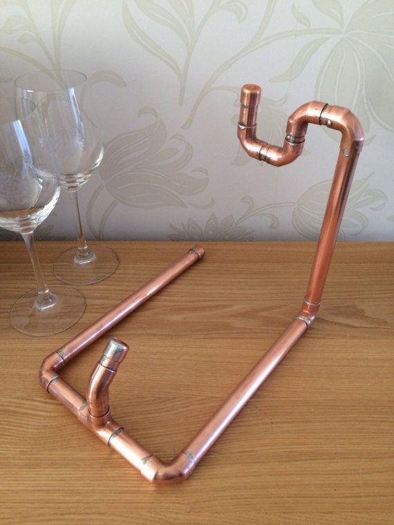 Copper pipe Wine bottle holder von CoppersmithsUK auf Etsy