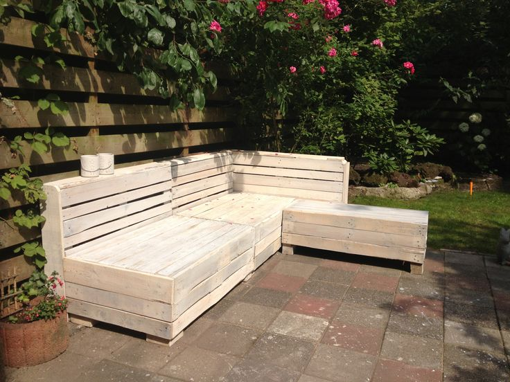 Homemade wooden pallet couch white wash finish make for Make a pallet sofa