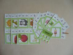 """100 Miniklammerkarten """"Anlaute bestimmen""""  Das heutige Material war eine """"Auftragsarbeit"""" für eine liebe Freundin, die sich Klammerkarten z..."""