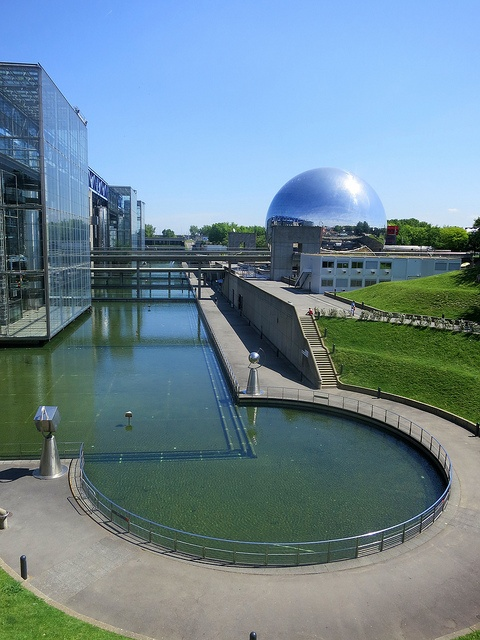 Parc de la Villette. Alison described it as the Centre Pompidou done right, so you can play with it. by Medieval Karl, via Flickr