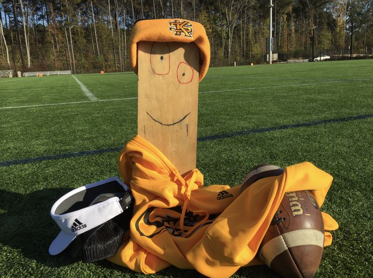 Kennesaw State's Turnover Plank: The full story of college football's best sideline trophy - SBNation.comclockmenumore-arrownoyesHorizontal - WhiteHorizontal - WhiteHorizontal - WhiteHorizontal - WhiteHorizontal - Colbalt : A 3-year-old football program has found its brand: the team inspired by a salvaged block of wood who looks like a Cartoon Network character.