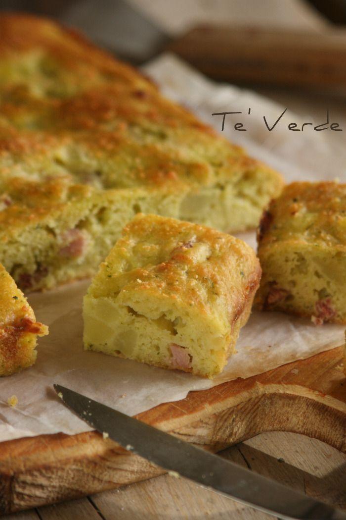 Tortino di Patate con Porri Prosciutto e Curry - una torta salata che diventa antipasto o secondo piatto indifferentemente.