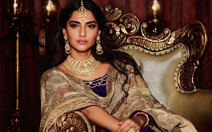 Descargar fondos de pantalla Sonam Kapoor, la actriz India, 4k, Bollywood, maquillaje, retrato, India hermosa ropa, joyería India, morena, las mujeres de la India