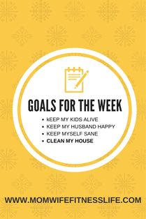 Set goals for the week ahead! Looking for ways to organize your week? It all starts with Sunday Prep - Mom Wife Fitness Life  #momwifefitnesslife #momlife #goals  #momhacks #organize #organization