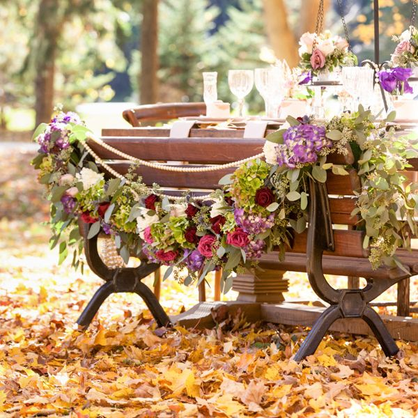 Fall picnic table decor styled by Reve Event Design. photo: www.eyecontact.ca