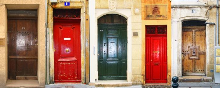 cute doors in Aix-en-Provence: Doors, Aix En Provence, Travels, Passageways Portals