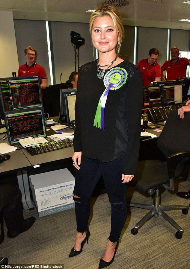 Winning style: Holly Valance wowed in some black skinny jeans and killer heels to raise money at the annual BCG charity event on Friday