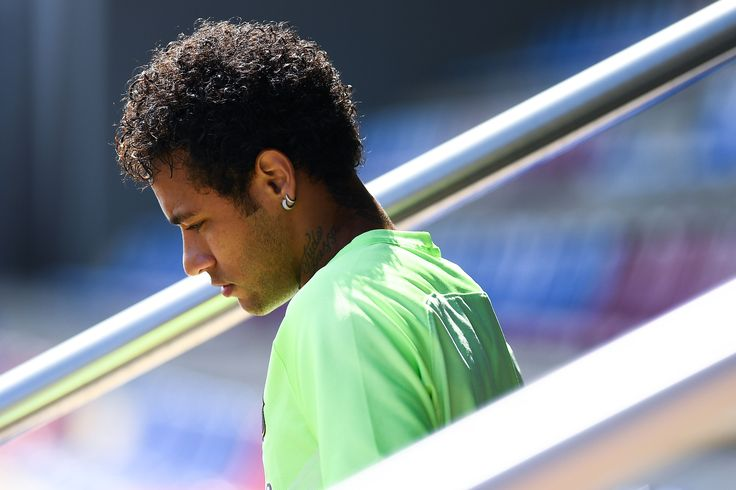 Transfer News: Could Neymar Really Leave Barcelona for Paris Saint-Germain?