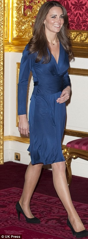 Kate Middleton in blue Issa