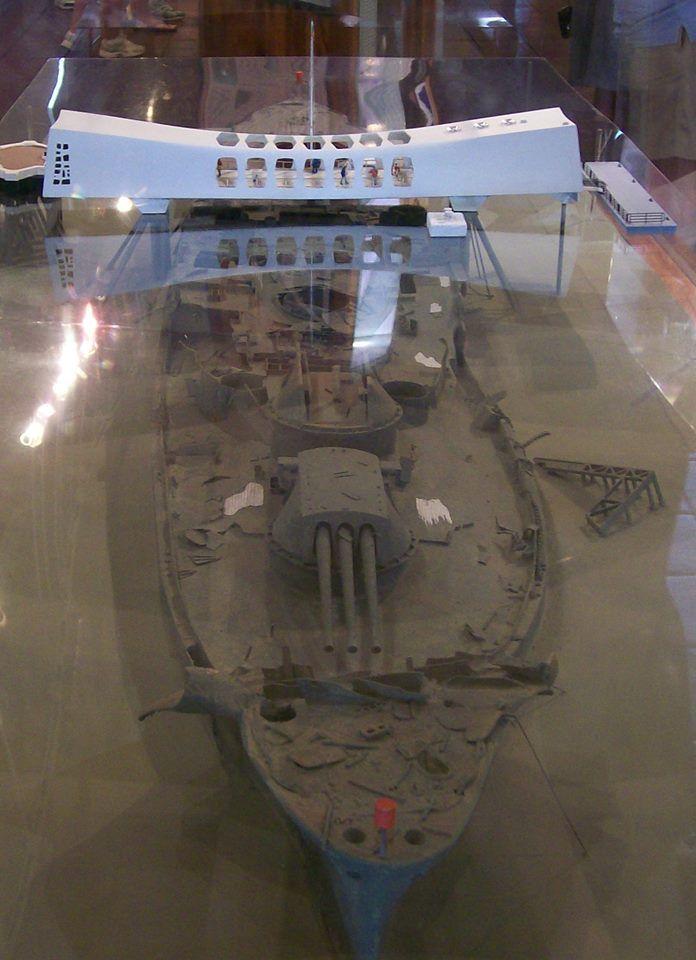 10847838_1562024240682030_241684963621999387_n.jpg (696×960) - USS Arizona Memorial, Pearl Harbor (Model)