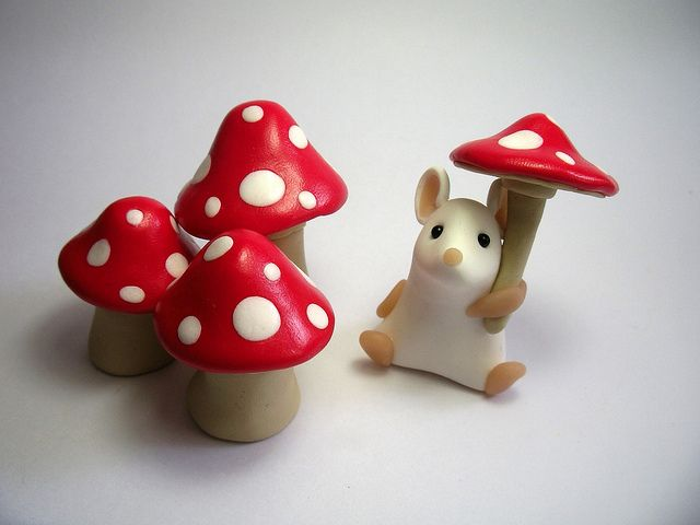 Toadstool Mouse    Inspired by Tabbi Kat's poem (polymer clay)