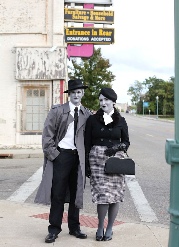 Awesome idea - grayscale costume