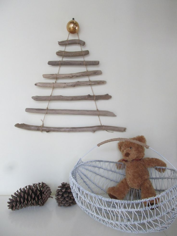 1000 ideas about driftwood christmas tree on pinterest for Hanging driftwood christmas tree