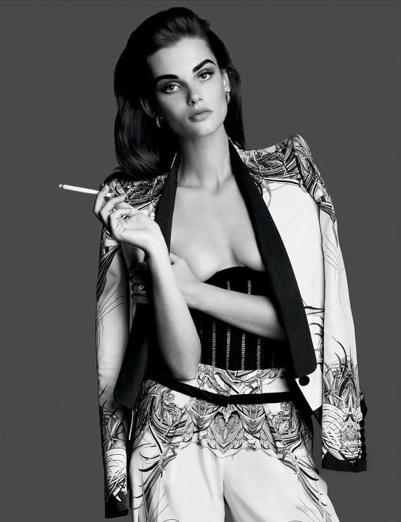 #pretaporter #pxlgrl #dolcevita #fashion #photography