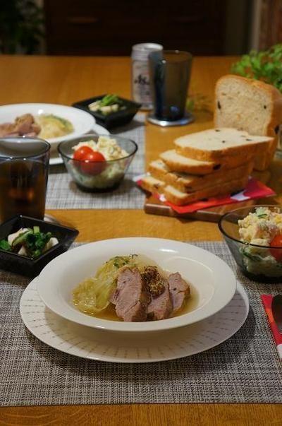 圧力鍋で時短、キャベツと豚ブロック肉のやわらか煮 by モモ母さんさん ...