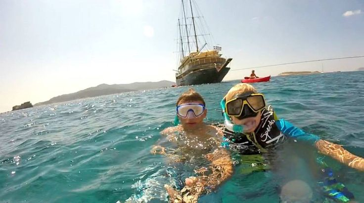 #Swimstop time in the uninhabited island of #Poliegos! Photo credits: Courtesy of Taylor B. #Cyclades #cruise