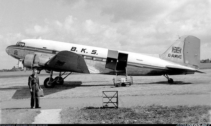 Douglas C-47D Dakota Mk4 (DC-3) aircraft picture