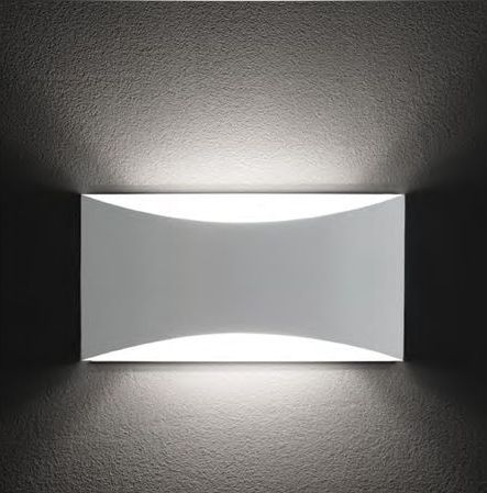 KELLY WALL LAMP | OLUCE