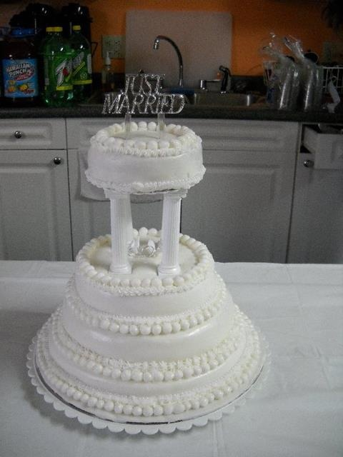 wedding cakes with columns 14 best wedding cakes by carol images on cake 26007