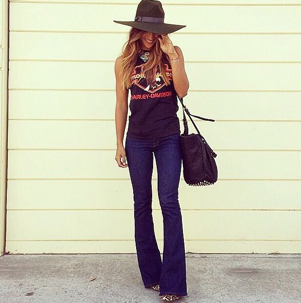 Love everything about this ... Especially those jeans and that hat from Lack of Colours!