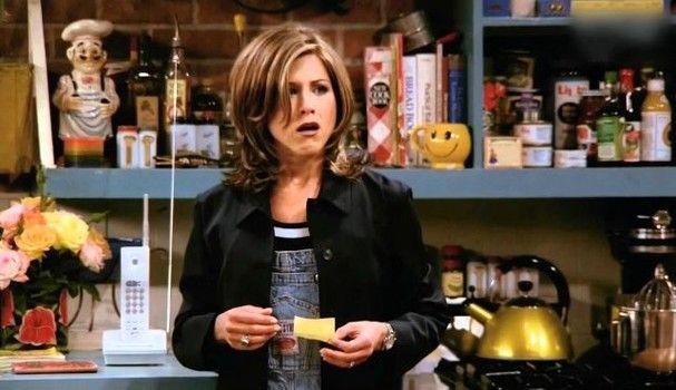"""""""Friends"""": Rachel Green e o seu cabelo icônico em oito momentos"""