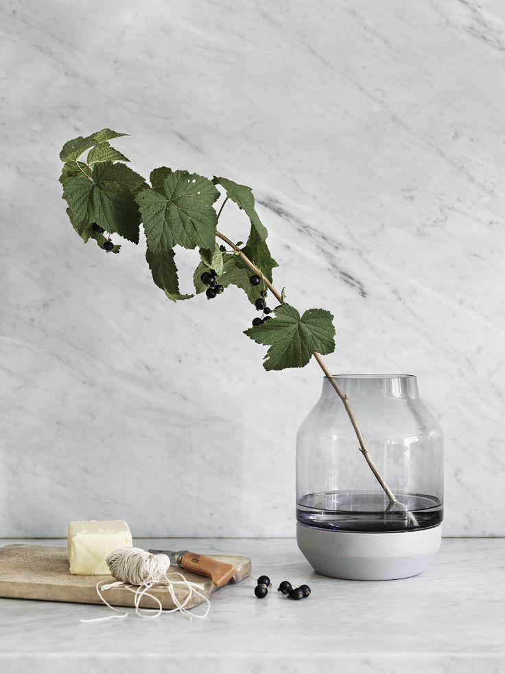 Muuto Elevated vase http://cimmermann.co.uk/blog/spring-add-little-sunshine/