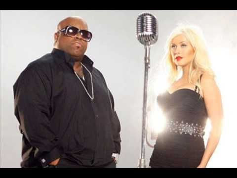 Cee Lo Green feat. Christina Aguilera - Baby It's Cold Outside (Full) - YouTube