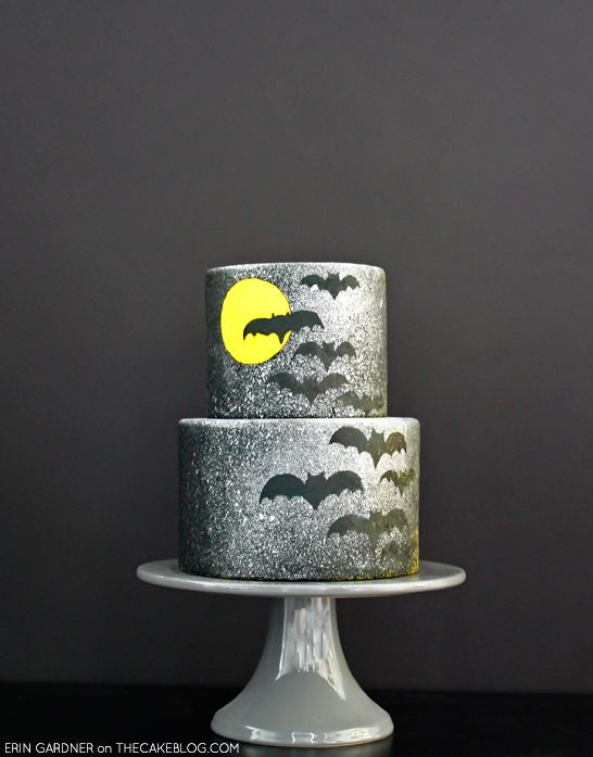 i know halloween is WAY over but this cake uses such a cool technique - totally worth checking out, guys! A DIY by Erin Gardner